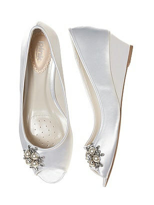 1940s Style Wedding Dresses and Accessories Frosting Dyeable Satin Bridal Wedge $88.00 AT vintagedancer.com