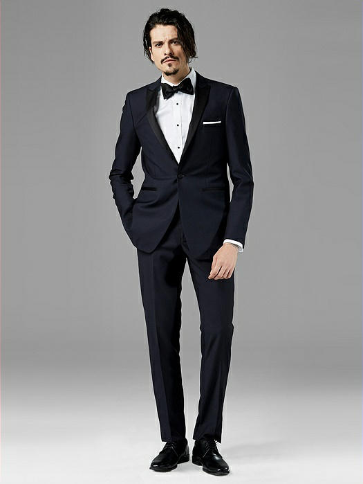 Midnight Blue Peak Lapel Tuxedo