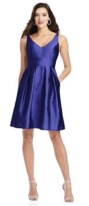 Sleeveless Pleated Skirt Cocktail Dress with Pockets