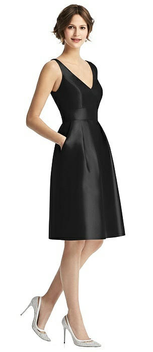 V-Neck Pleated Skirt Cocktail Dress with Pockets